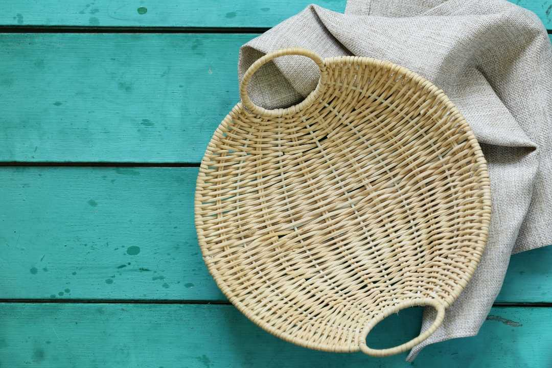 How to clean a wicker basket