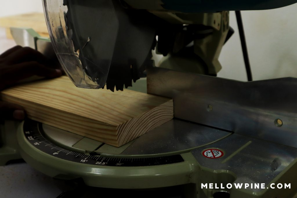 Mitering the top edge of each piece at a 15 degree angle