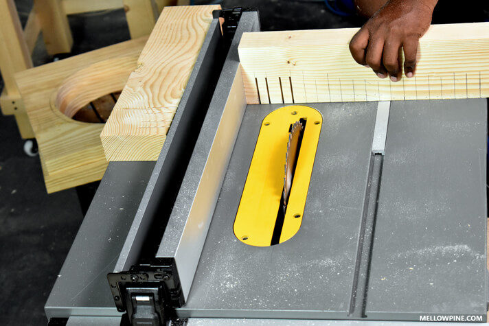 Making the cuts for the complementary slots for the box joint