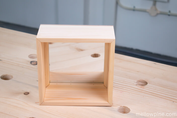 Box with Mirror