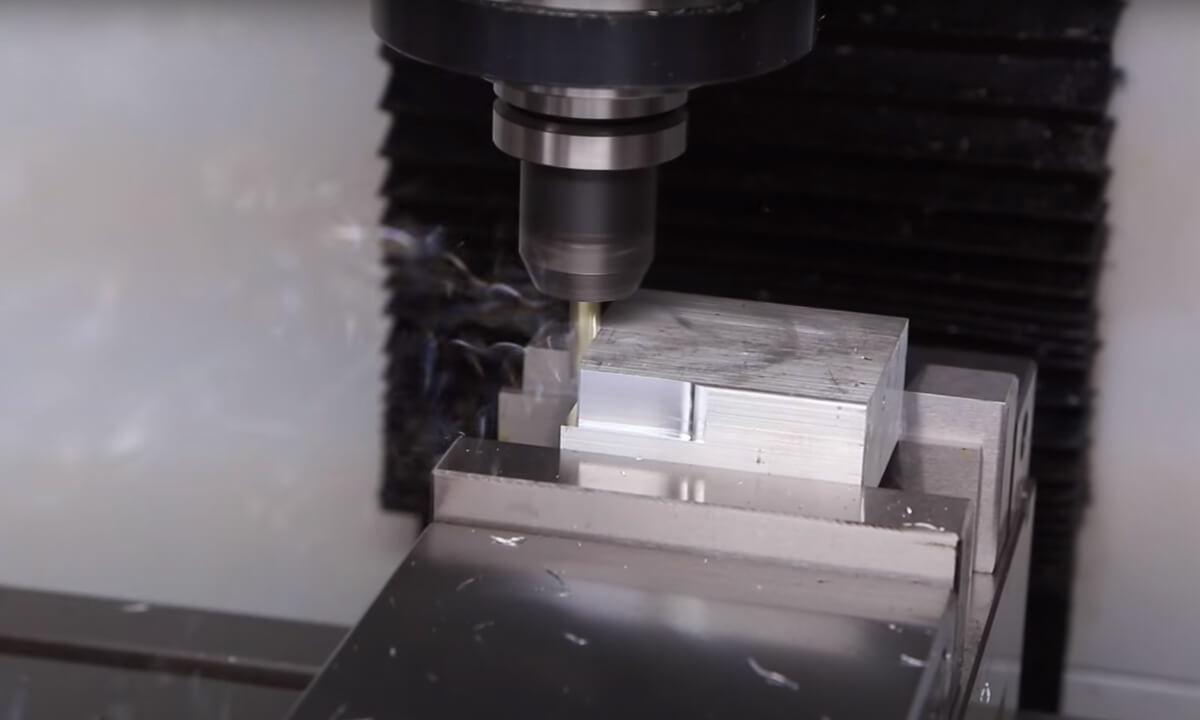 Best Benchtop CNC Mills in 2021 for Machining Metal