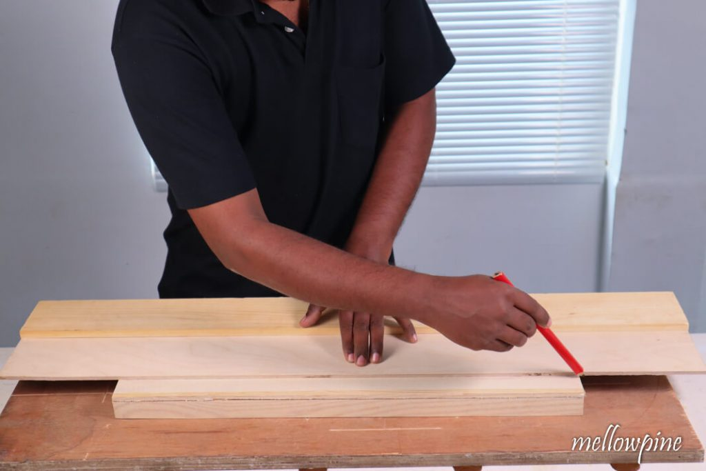 Drawing straight line using the straight edge